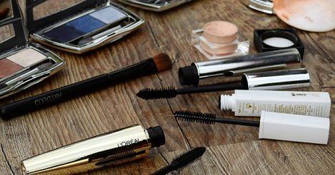 Merk Highlighter yang Bagus Untuk Make Up